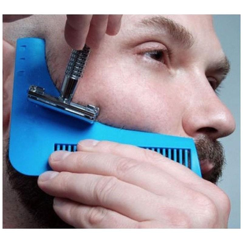 Peigne pochoir pour une taille parfaite de la barbe